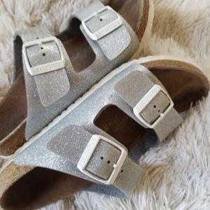 Girls Birkenstock silver glitter sandals sz 3-3.5